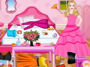 Online game Barbie Princess Room Cleaning