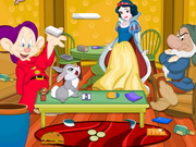 Princess Snow White Room Cleaning